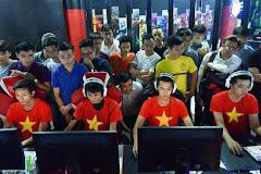 Đại diện cộng đồng AoE Việt Nam lên lịch đến tận nơi, thăm hỏi, trao quà cho đồng bào miền Trung!