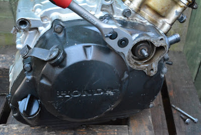 Honda CBR 125 internal engine oil filter replacement location
