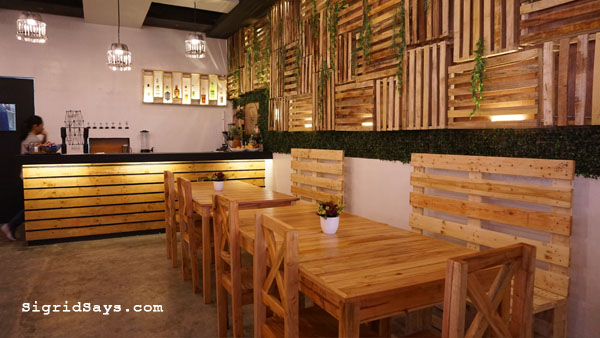 Squad Bistro - Bacolod restaurant - groufie