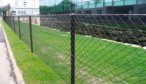 recinzione-con-rete-metallica