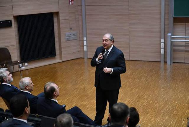 Sargsyan: Ya es hora de resolver el problema en Artsaj