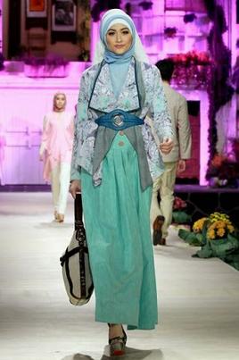 baju batik muslim simpel