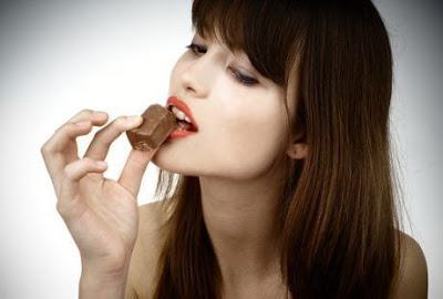 Perbaiki Daya Ingat Dengan Ngemil Coklat https://www.ceritamedan.com/