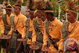 Tarian Manimbong