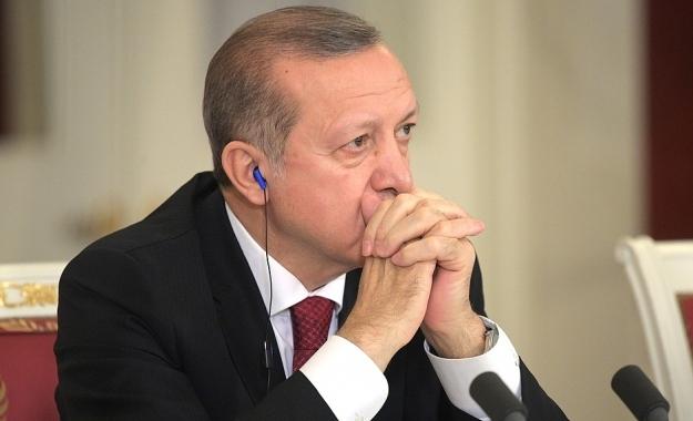 Ο Ερντογάν καλεί τις ΗΠΑ να απελευθερώσουν μαζί τη Ράκα