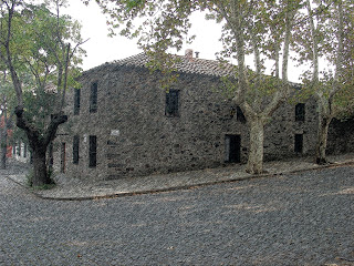 Colonia Del Sacramento - A Grande Casa de Pedra com Dois Pisos