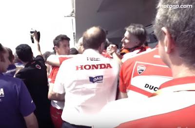Ketika Seluruh Bos Repsol Honda Kompak Minta Maaf ke Ducati