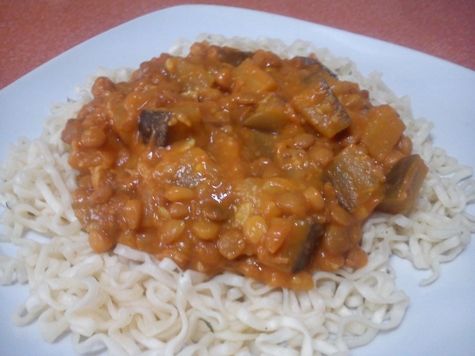 Lentejas con berenjena al curry