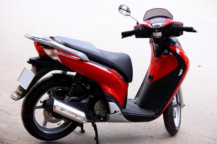 Sơn xe Honda Sh màu đỏ Candy