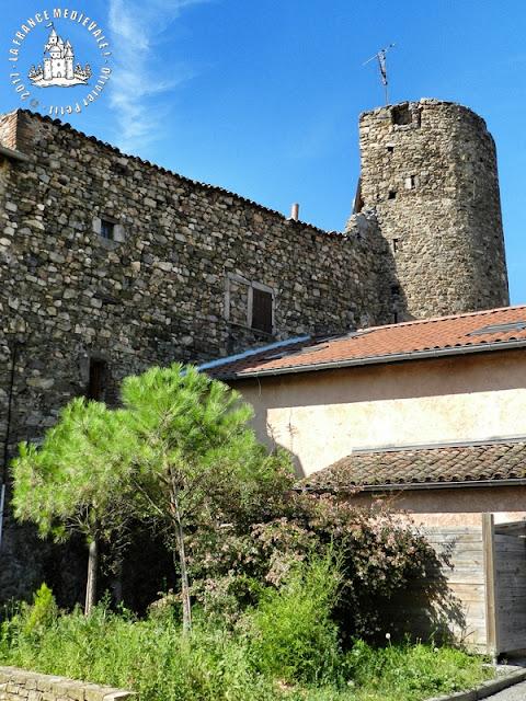 ORLIENAS (69) - Remparts médiévaux