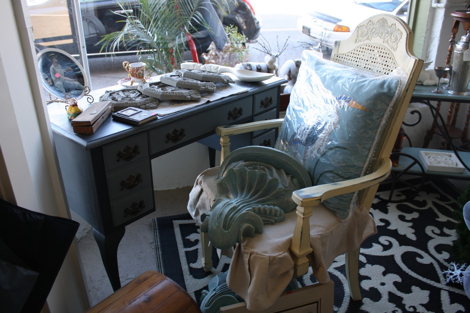 Coastal Charm Nifty Thrifty Tuesday No 93 And Annie Sloan