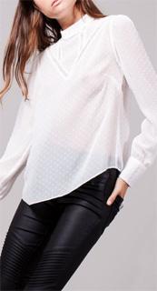 Camisa de plumeti con cuello alto 2017
