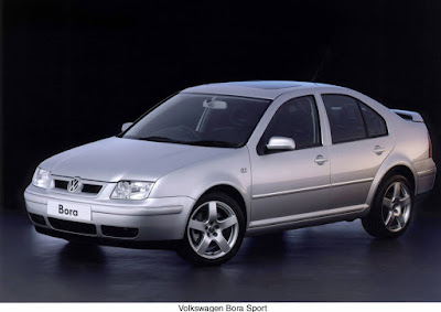 Volkswagen Bora V6 4Motion Sport added bigger wheels, new grill and rear spoiler in 2004