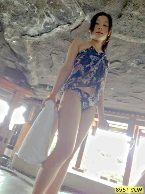 Cute Taiwanese girlfriend's motel naked self photos leaked (9pix)