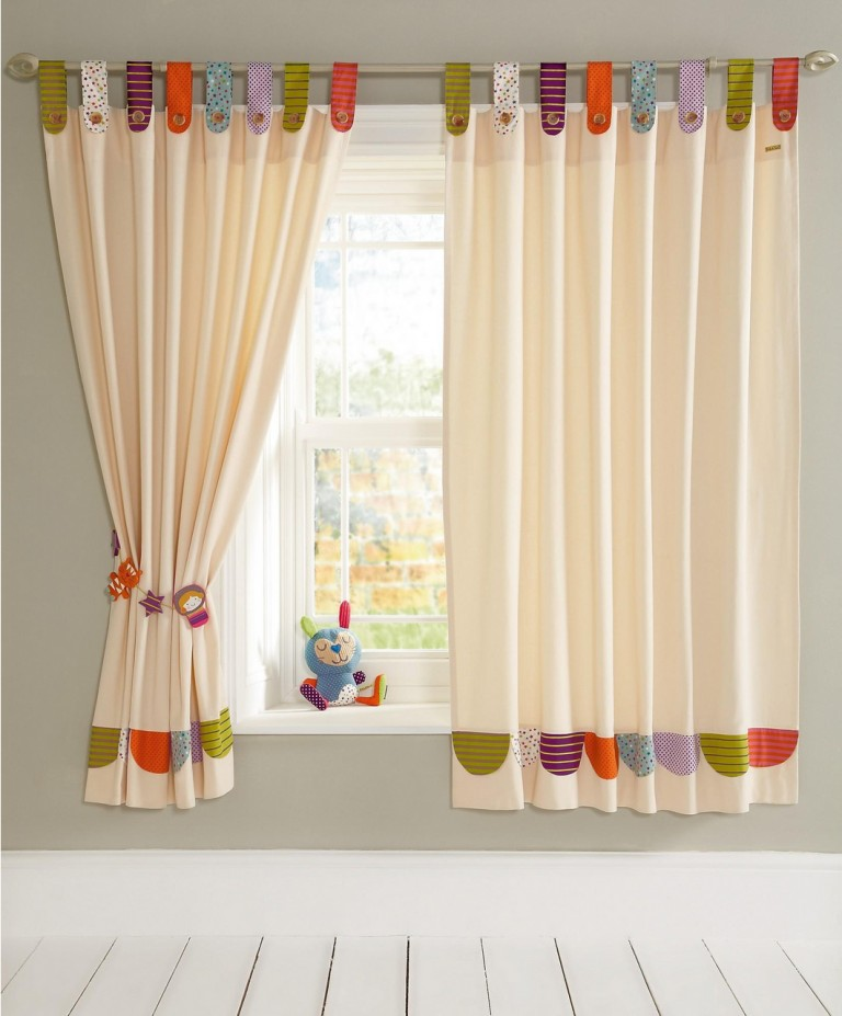 33 modern curtain designs latest trends in window coverings - Curtain photo designs ...
