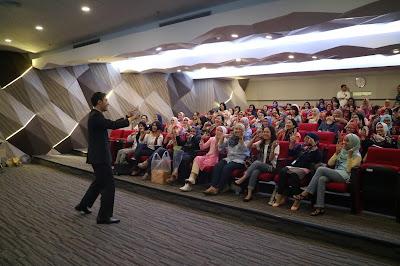 training service excellence, pelatihan service excellence, training sekretaris, motivator karyawan, motivator outsourcing, motivator terbaik, motivator nasional