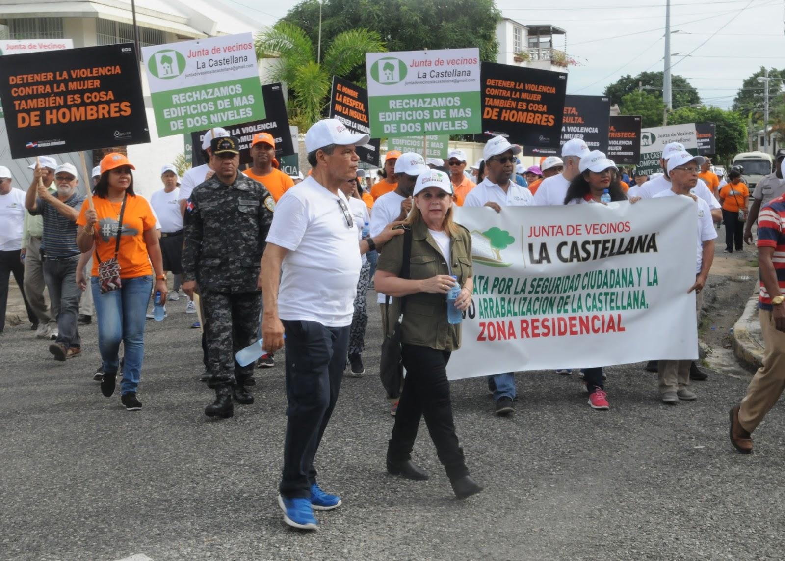 Residentes en La Castellana realizan caminata en demanda de paz y cese a la arrabalizaciòn actual que presenta este sector