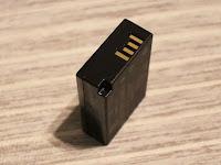 キヤノン バッテリーパック LP–E17 本体電極部