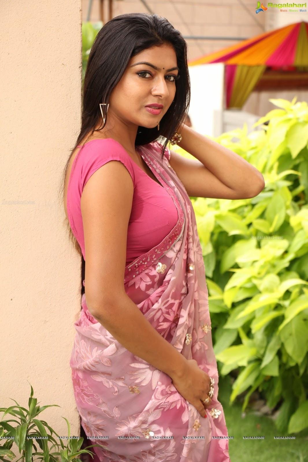 Indian Teen Saree Nudes - Pics Sex-7161
