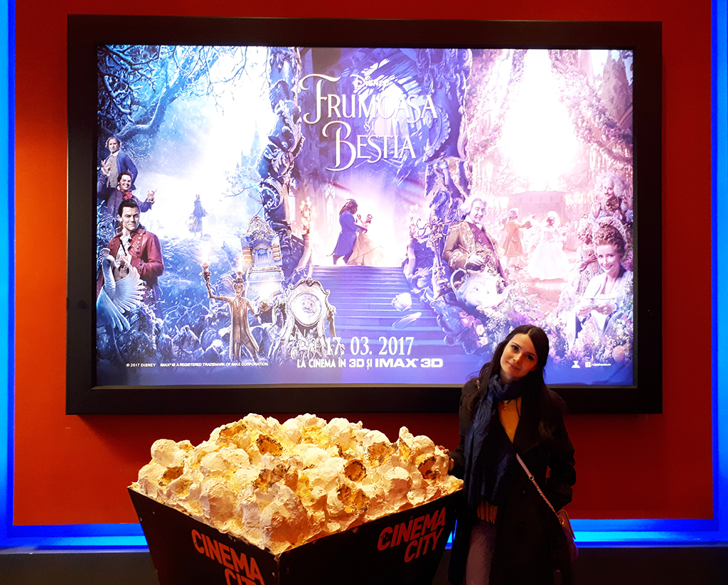 recenzie film poster popcorn frumoasa bestia beauty beast