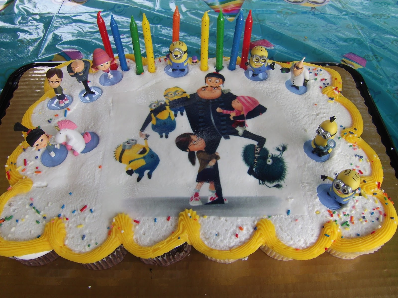 Book Wine And Time Despicable Me Minions Birthday Party