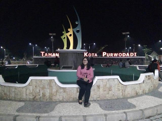 Taman Hijau Kota Purwodadi, Taman Asik Untuk Bersantai di Sore dan Malam Hari