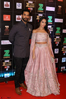 Bollywood Celebrities on the Red Carpet Of Zee Cine Awards 2017 Exclusive 054.JPG