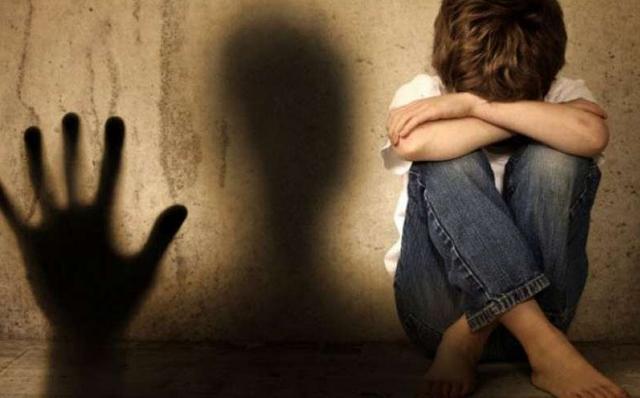 Η διαστροφή της νέας τάξης στις αθώες παιδικές ψυχές (βίντεο)