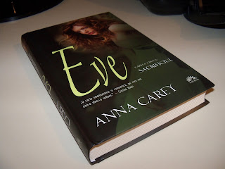"""Sacrificiul"" de Anna Carey (Eve vol. 2)"