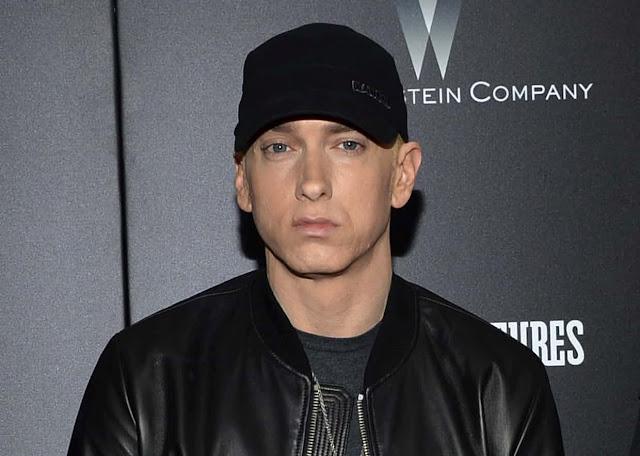 Trump ကုိ ထုိးႏွက္တဲ့ စာသားေတြနဲ႔ Freestyle ရြတ္ခဲ့တဲ့ Eminem