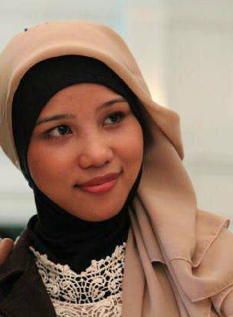 Riana Fitri Janda Depok Cari Suami Siap Nikah