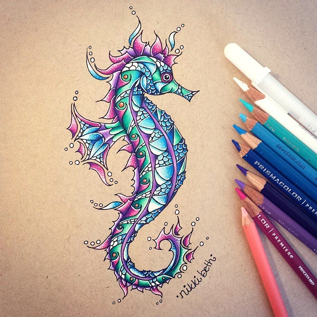 02-Little-Seahorse-Nikki-Beth-Animal-Portrait-Drawings-in-different-Styles-www-designstack-co