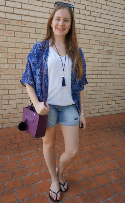 navy kimono purple mini mab bag summer shorts tee outfit | away from blue