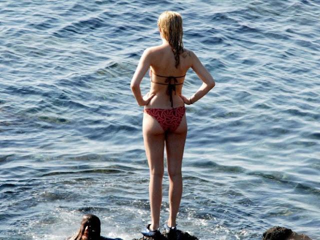 Dakota Johnson Latest Bikini Images