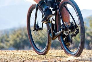 Foto delle ruote in carbonio Bontrager Aeolus Pro 3V per gravel e adventure
