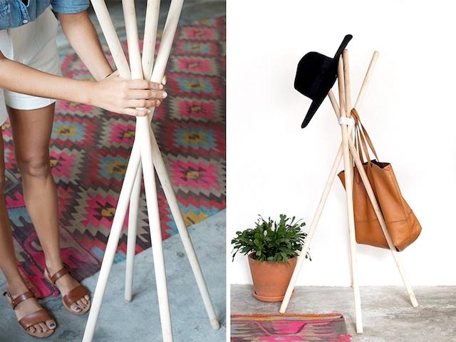 Perchero DIY con palos de madera