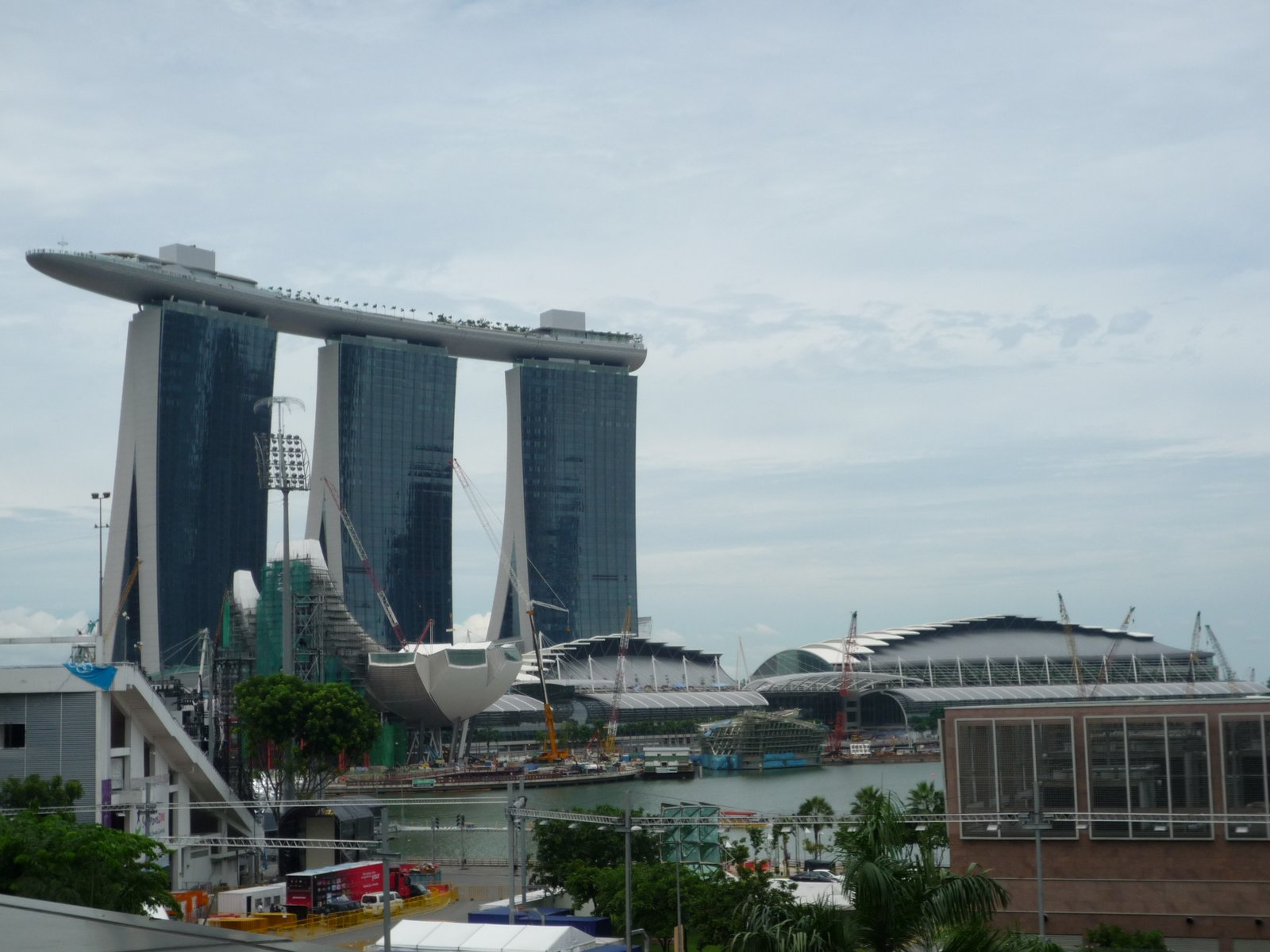 Marina Bay Sands Urban Architecture Now