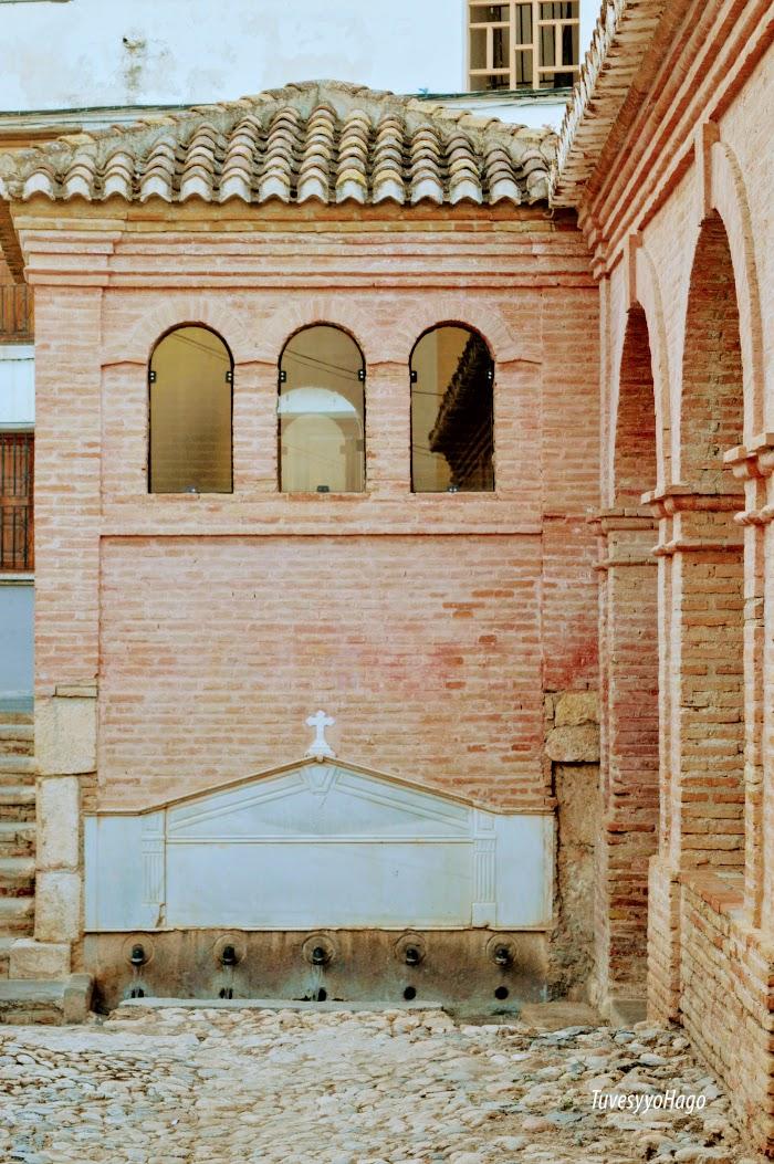 Fuente de los cinco caños Padul - A una hora de Granada - TuvesyyoHago