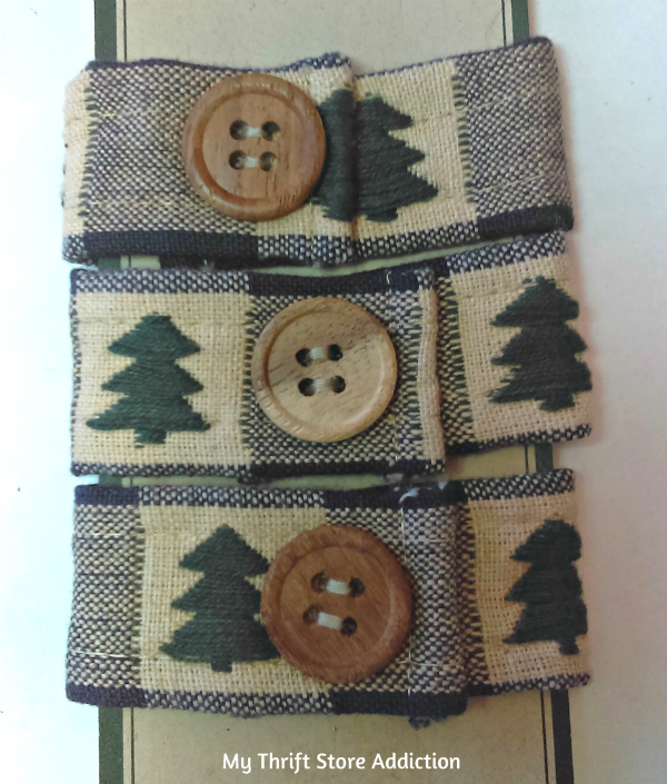Christmas tree and button napkin rings