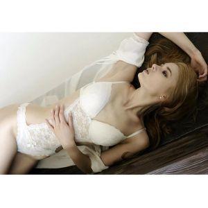 foto Alisa Manyonok mirip barbie