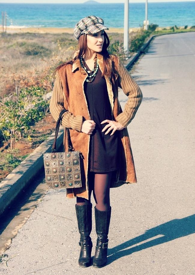 braon dugi pleteni kardigan jakna sa vestackim krznom