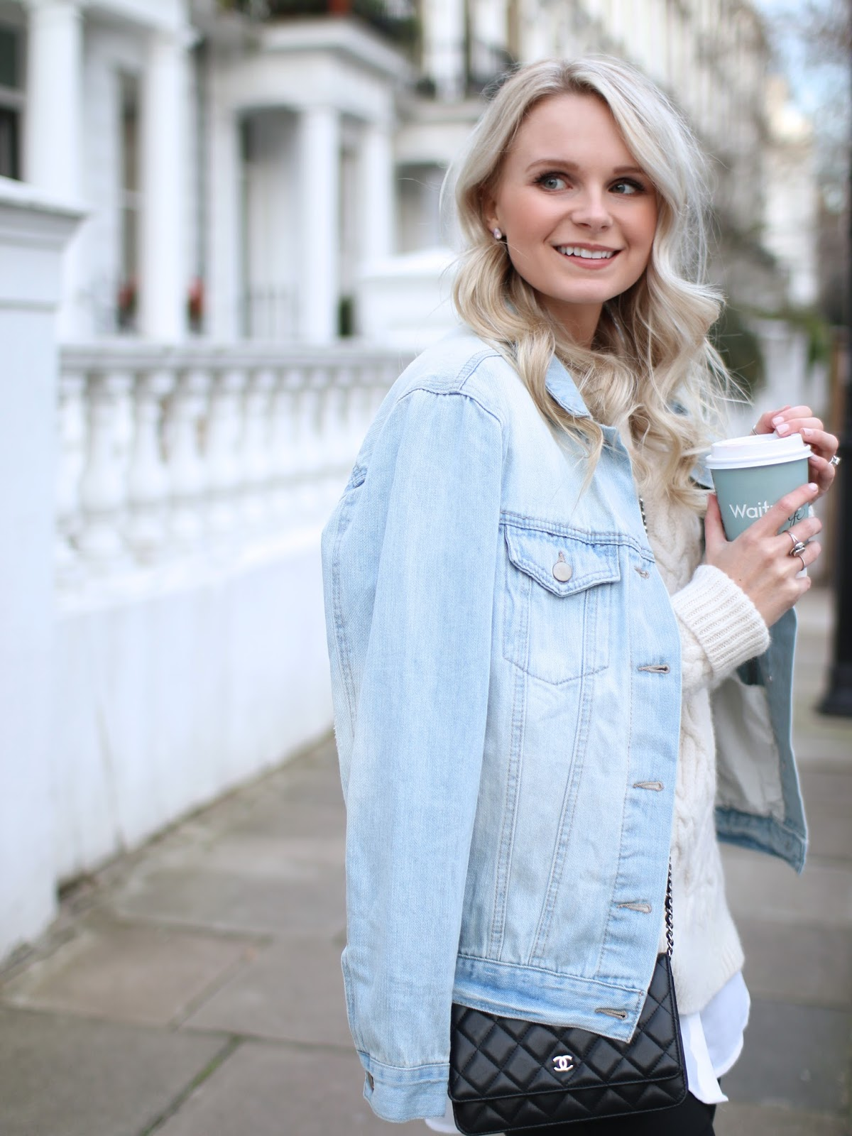 light denim coat from forever21 and Chanel WOC on blogger andrea clare