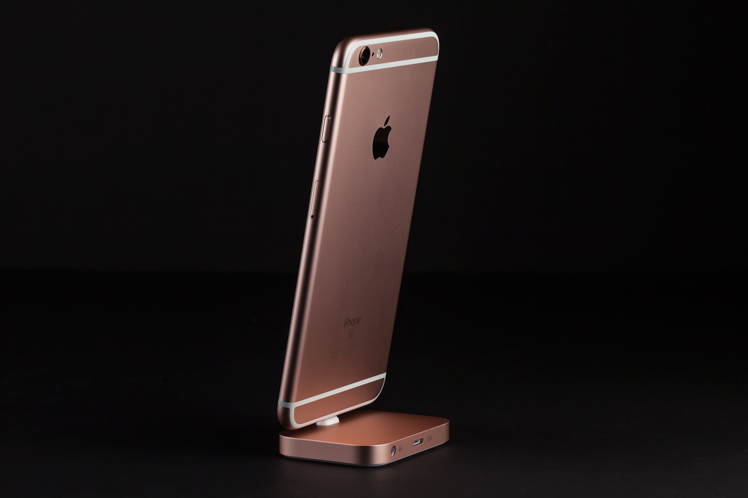 Apple Iphone 6s Plus 64gb Rose Gold Mkt22l A Version Se The 12 Megapixel Isight Camera Captures Sharp Detailed Photos It Takes Brilliant 4k Video Up To Four Times Resolution Of 1080p Hd
