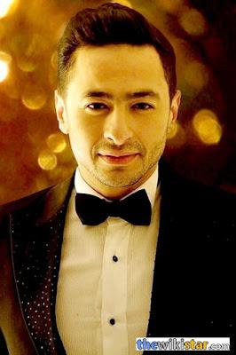 قصة حياة حمادة هلال (Hamada Helal)، مغني وممثل مصري، من مواليد 20 مارس 1980