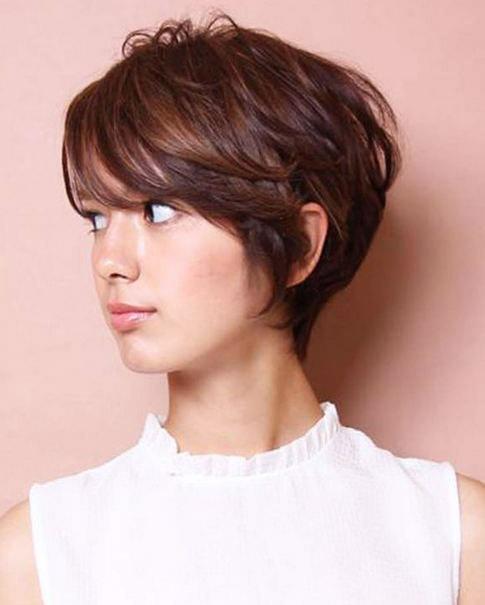 gaya rambut pendek terbaru wanita,gaya rambut pendek terbaru wanita 2019,model rambut pendek terbaru,gaya rambut pendek terbaru wajah bulat,model rambut pendek terbaru 2019