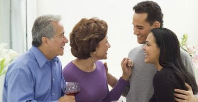 3 Cara Mudah PDKT dengan Mamanya Pacar