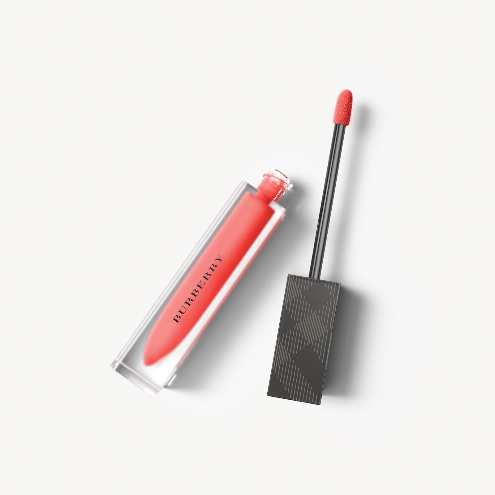 Burberry Liquid Lip Velvet iris law regiment red no 37