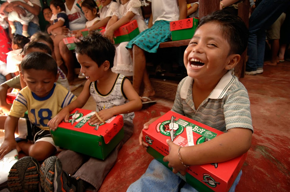 Shoe Boxs Help Kid For Christmad