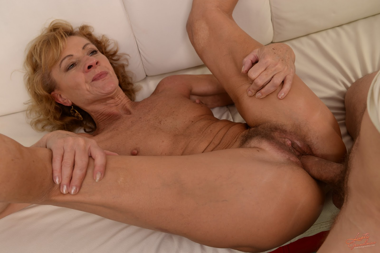 Free Hairy Mature Sex Videos