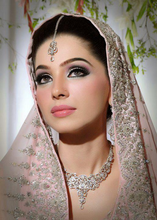 Mariya Rai .......... Asian Pakistani Bridal Eye Makeup Made Easy In 10 Simple Steps